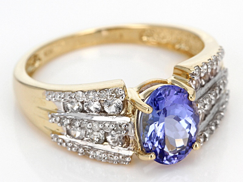 tanzanite with 33ctw white sapphire and 14ctw