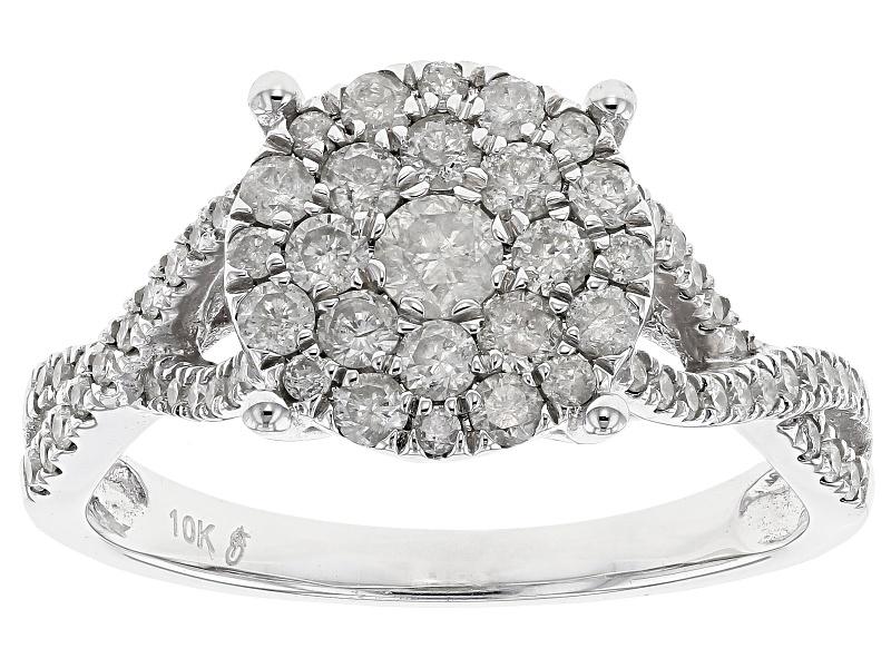 Diamond .90ctw Round 10k White Gold Cluster Ring