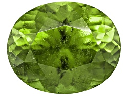XTP902<br>Kenyan Strong Yellowish Green Idocrase 2.86ct 9.36x7.78mm Oval With Gemworld Report